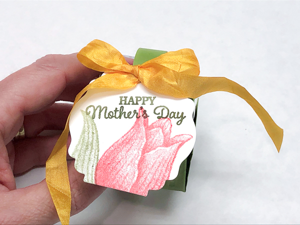 Stampin' Up! Inspiration Project-Mini Spring Tulip Basket